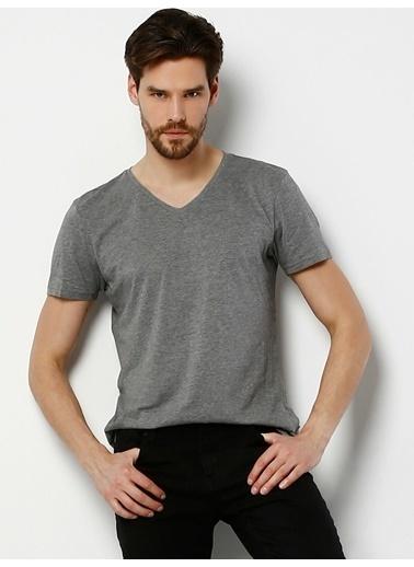 Colin's V Yaka Erkek Kısa Kol Tişört Gri